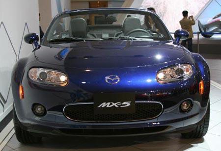 Mazda Mx 5 Roadster Coupe. Mazda MX-5 Roadster Coupe,
